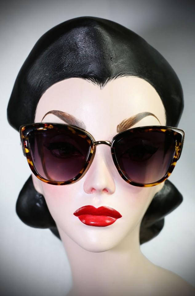 Jackie Kennedy Sunglasses in Tortoiseshell