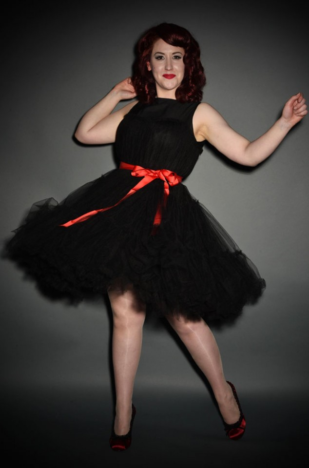 50s Vintage style Princess Tulle Prom Dress in Black and Red