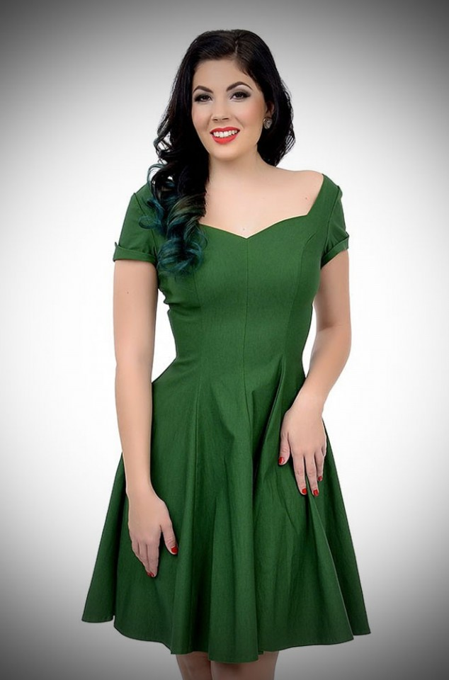1950's style Grace Swing Dress with short sleeves in green