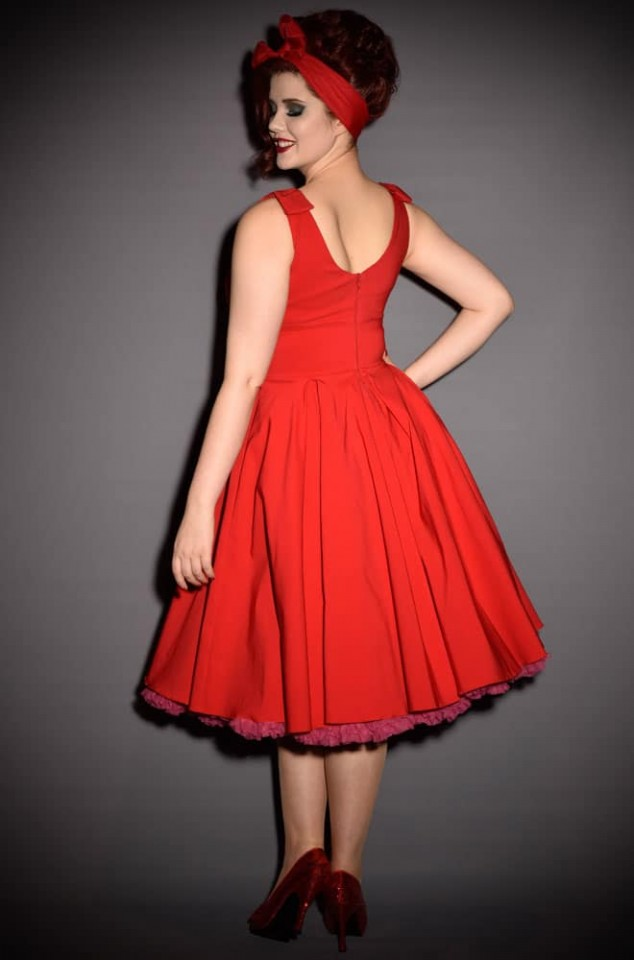 Ascot 1950s style Red Swing dress by The Pretty Dress Company - perfect for pinup girls and vintage lovers