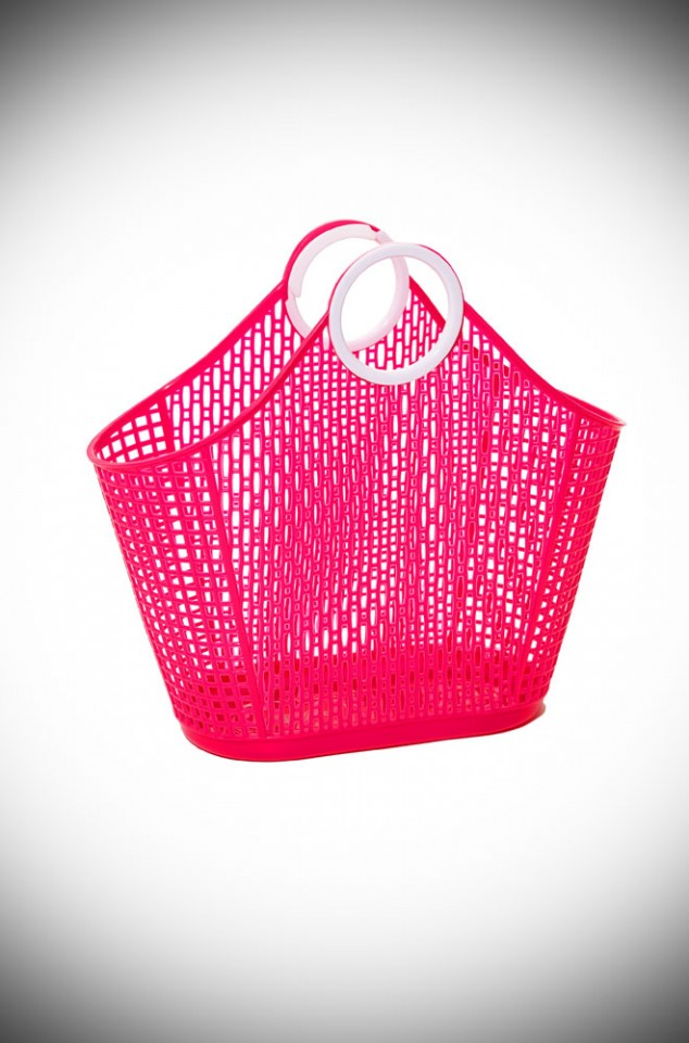Rita Fiesta Shopping Bag in striking red recyclable plastic. A remake of a retro classic perfect for popping to the shops or beach.