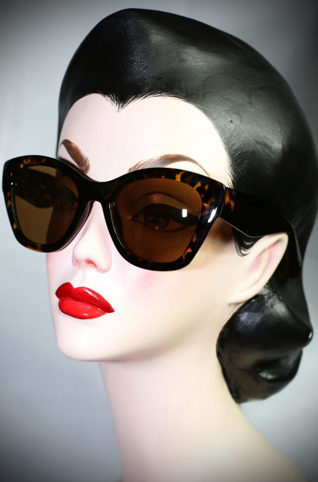 Tortoiseshell 40's cats eye sunglasses at Deadly is the Female. Effortlessly add some pinup glamour to your day!