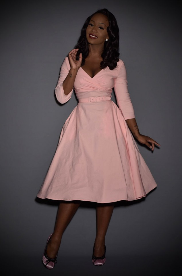 The Baby Pink Erin Swing Dress is a 50's style in a great range of sizes. Deadly is the Female are proud UK stockists of Pinup Girl Clothing House Brands.
