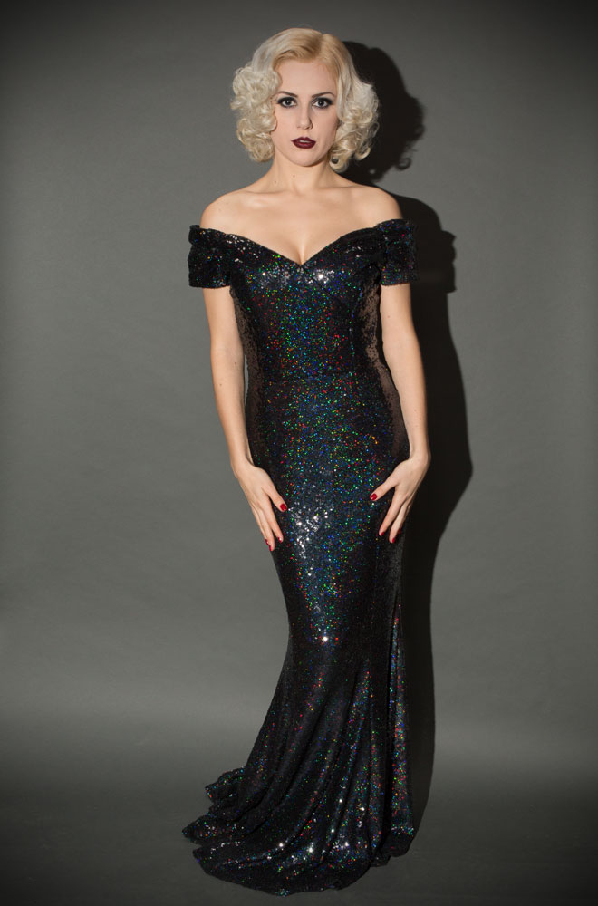 Get the Look: Ultra Glam Christmas Party Look!