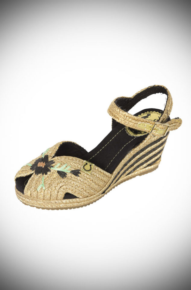 The Miss L Fire Renee sandals are wedge heeled sandals. These fantastic vintage inspired shoes are woven gold raffia with a gold and black raffia heel.