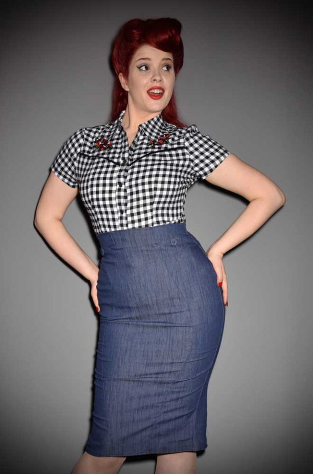 Blending Pinup style with modern day living, the Blue Denim Agnes Pencil Skirt is a dream! Deadly is the Female are UK stockists of Miss Candyfloss.