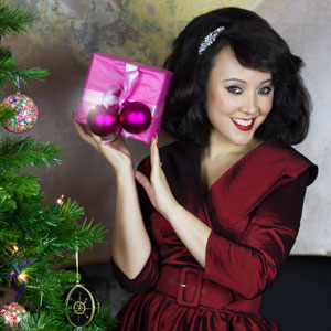 Pinup and Vintage style gift ideas at Deadly is the Female