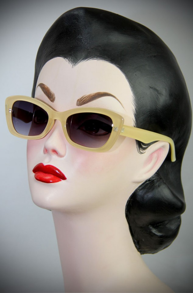 Retro Katherine Sunglasses in Blonde at Deadly is the Female