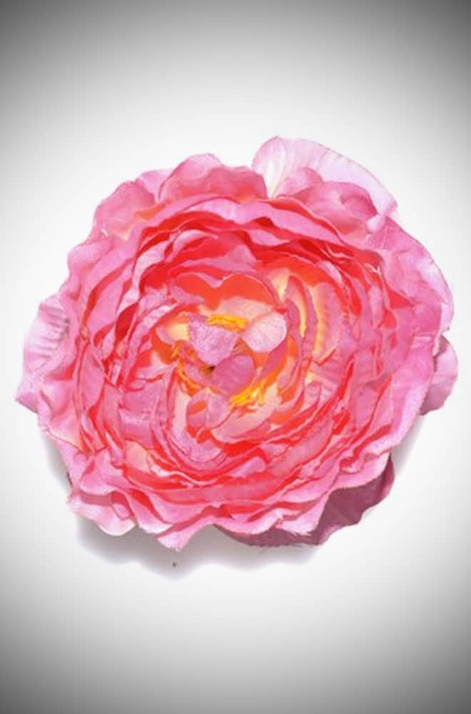 Beautiful Pinup style pink coloured rose hair clip & corsage