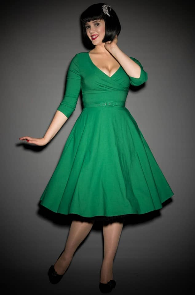 The Green Erin Swing Dress is a fab 50's style in a great range of sizes. Deadly is the Female are proud UK stockists of Pinup Girl Clothing House Brands.