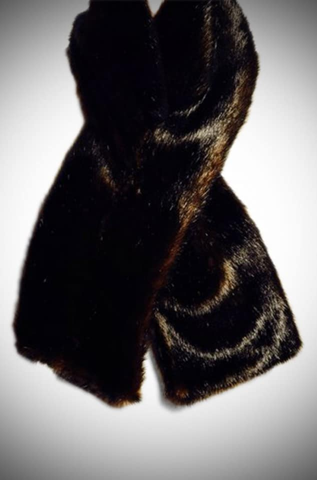 A gorgeously soft mink faux fur scarf in chestnut brown for fabulous vintage style