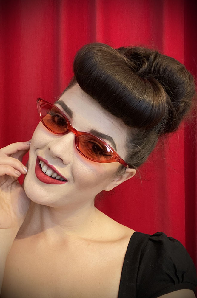 Vintage style Lola Cherry Sunglasses at Deadly is the Female. Effortlessly add some kitsch glamour with these round sunglasses!