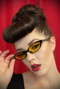 Vintage style Lola Lemon Sunglasses at Deadly is the Female. Effortlessly add some kitsch glamour with these round sunglasses!