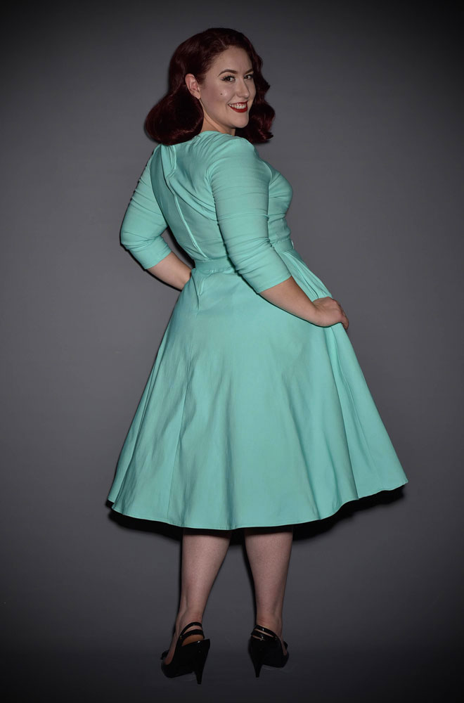 The Mint Erin Swing Dress is a 50's style in a great range of sizes. Deadly is the Female are proud UK stockists of Pinup Girl Clothing House Brands.