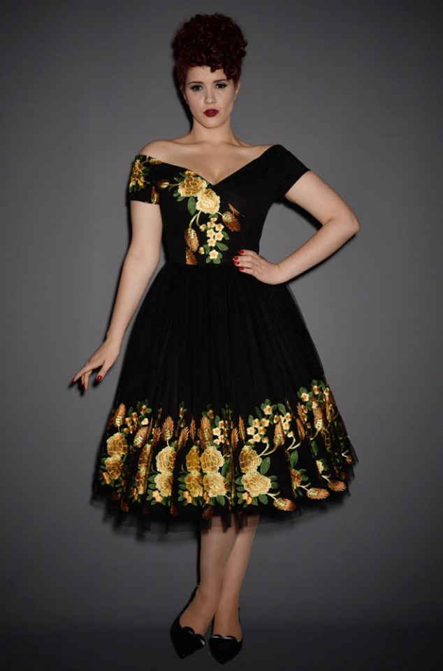 Fatale Southern Belle Tulle Prom Dress. This limited edition vintage couture style swing dress by the Pretty Dress Company is pin up perfection.