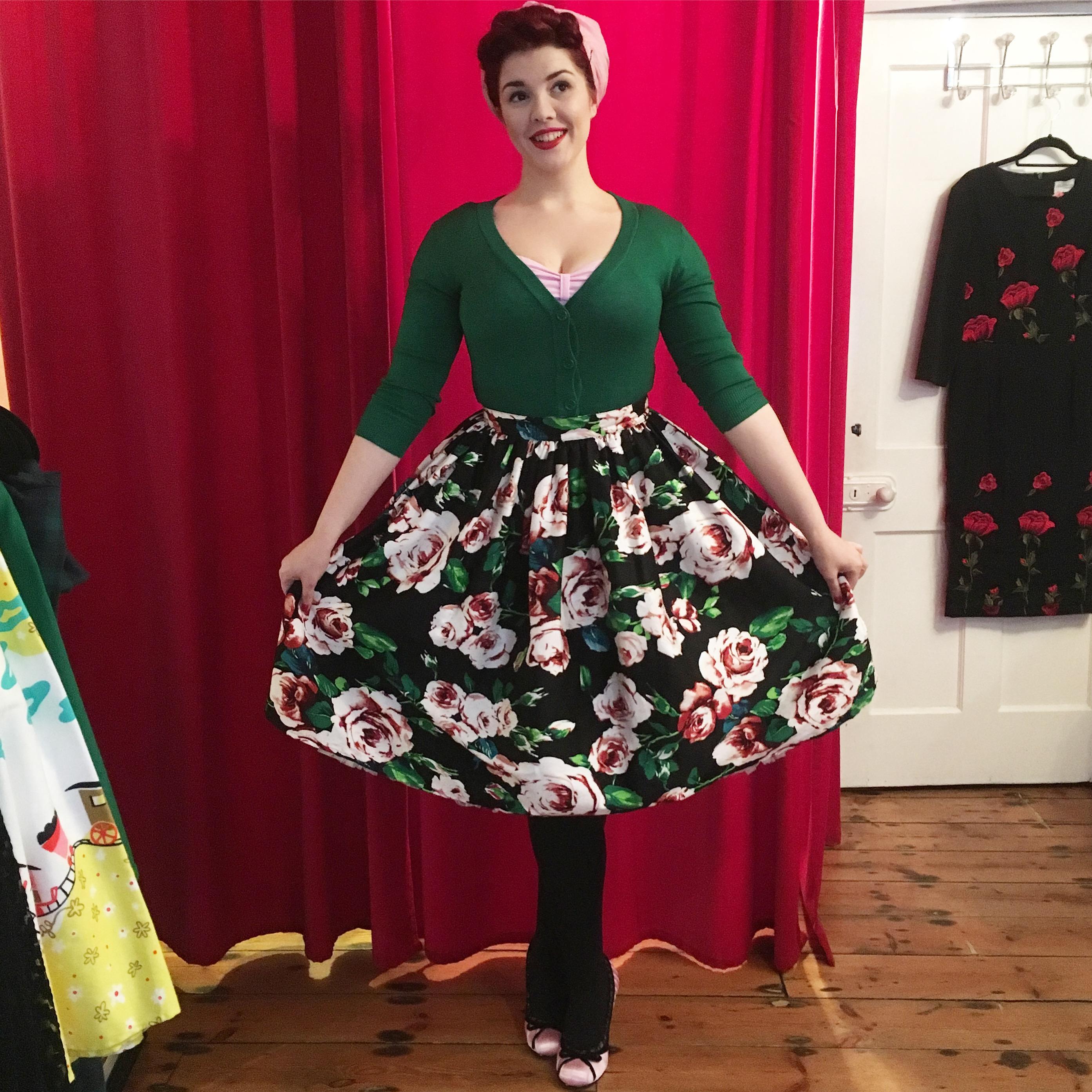 50's Floral Swing Skirt Unique Vintage