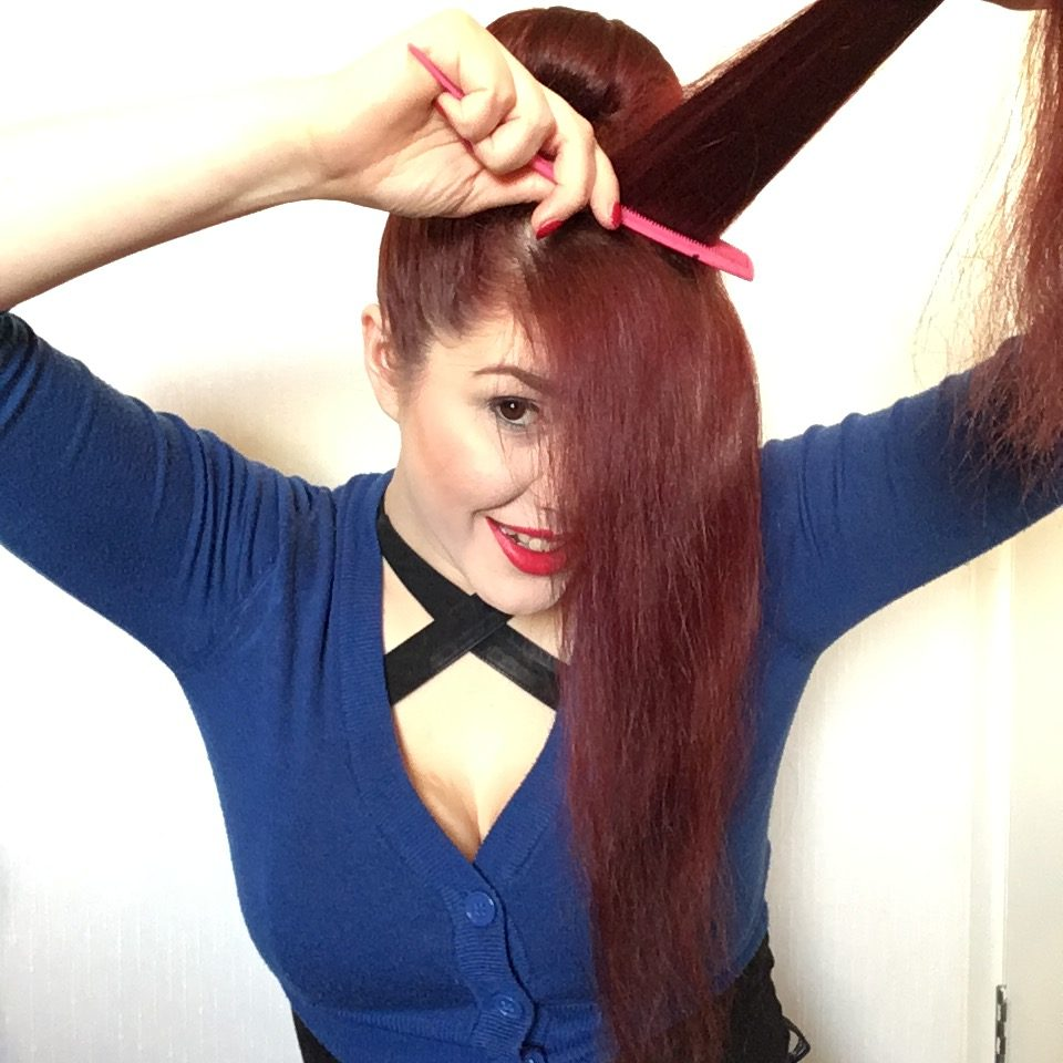Bumper Bang Vintage Hair Tutorial