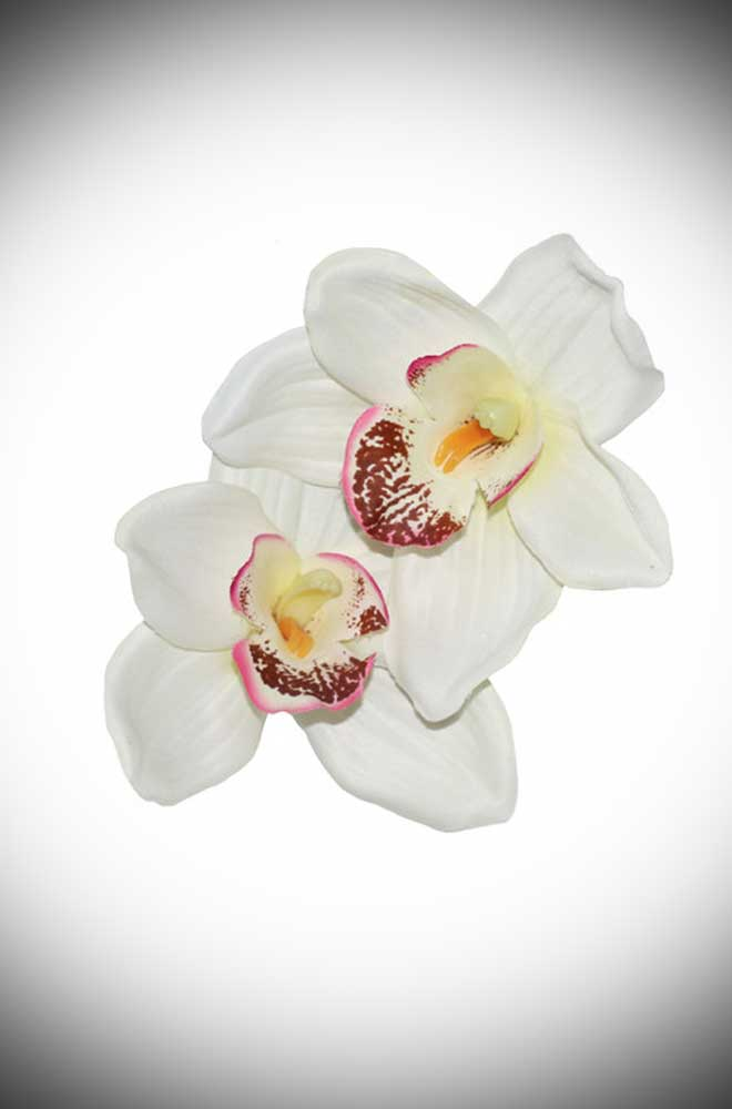 Add some instant tropical glamour to your look with this Double Orchid Hair Flower. A classic pair of white orchid flowers, mounted on a small hair clip.