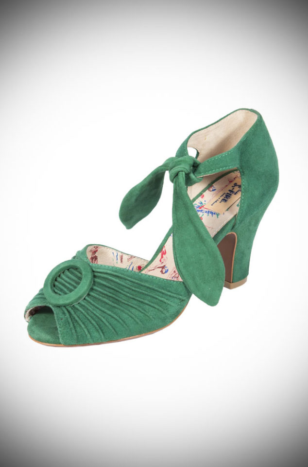 The Miss L Fire Loretta shoes are beautiful vintage inspired heels. Made in stunning green suede these fantastic 1940's shoes have a charming feel.