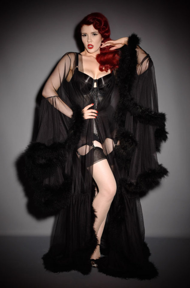 The Black Hollywood Glamour Robe will make you feel like a screen siren. Deadly is the Female are specialists in vintage style & pinup fashion.