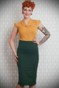 Blending Pinup style with modern day living, the emerald green and tartan Juana Pencil Skirt is a dream! Deadly is the Female are UK stockists of Miss Candyfloss.