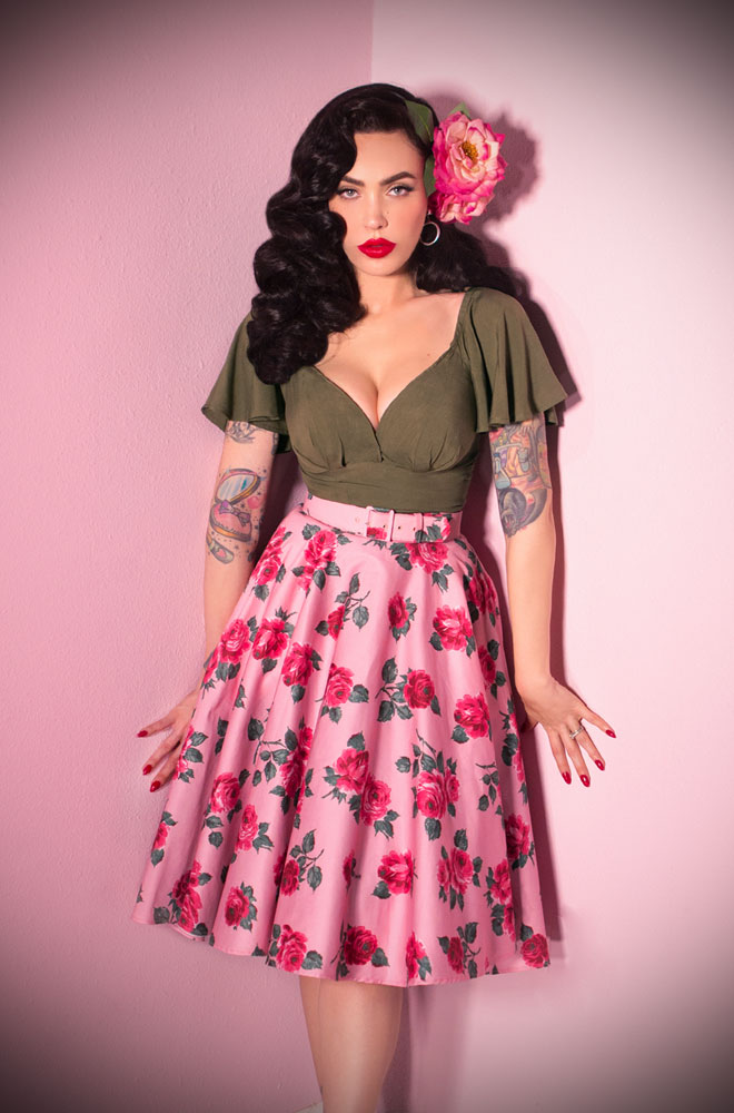 The Vixen Vintage Roses Circle Skirt has arrived at Deadly is the Female, official UK stockists of Vixen by Micheline Pitt. A fabulous vintage style skirt in a romantic pink rose print. The stunning fabric is inspired by a vintage textile print, exclusively reimagined for Vixen.