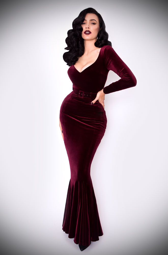 The Oxblood Velvet Black Marilyn Gown is a knockout evening dress. Deadly is the Female are official UK & European stockists of La Femme En Noir. Specialising in dark & elegant designs for the glamorously gothic. With a cult following & new collections each season, you'll soon see what all the fuss is about!