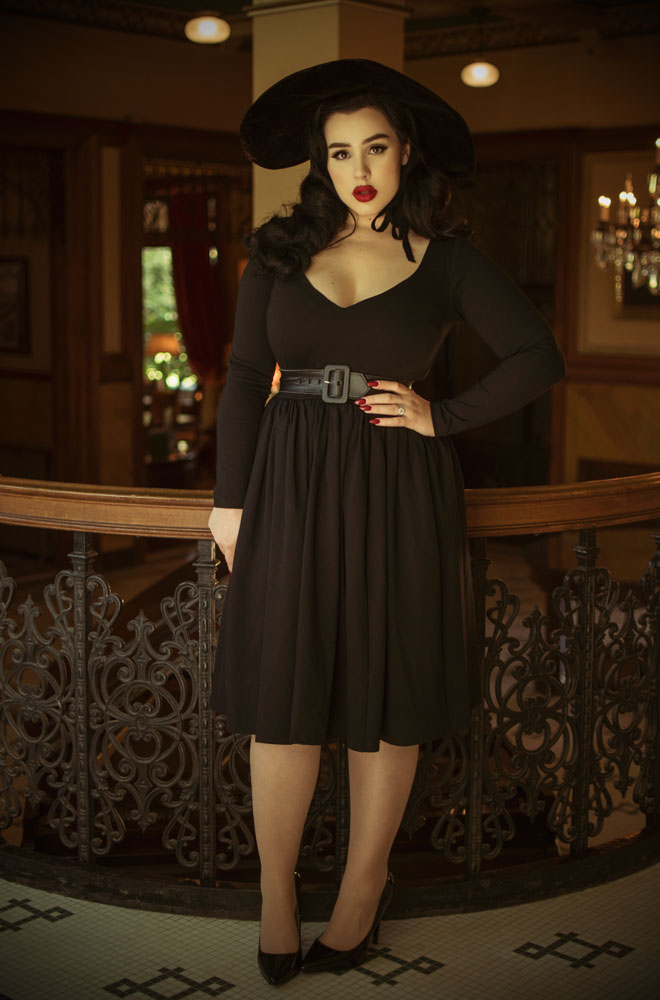 The Black Marilyn Swing Dress is a knockout dress from La Femme En Noir.Deadly is the Female are official UK & European stockists of La Femme En Noir. Specialising in dark & elegant designs for the glamorously gothic. With a cult following & new collections each season, you'll soon see what all the fuss is about!