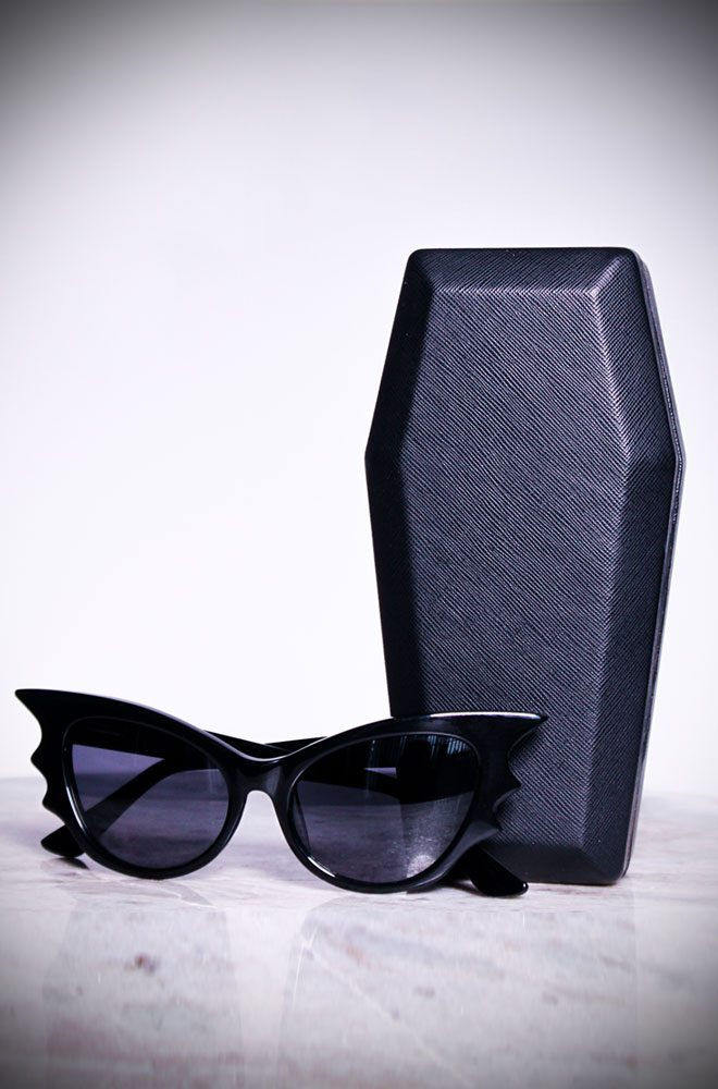 The Vamp Batwing Cat-eye Sunglasses by La Femme En Noir. These unique batwing Cat-eye frames are quite special, instead of the single point, they have three, creating a batwing effect. Deadly is the Female are thrilled to be UK and European stockists of the cult label La Femme En Noir by Micheline Pitt and Lyna Haaga.