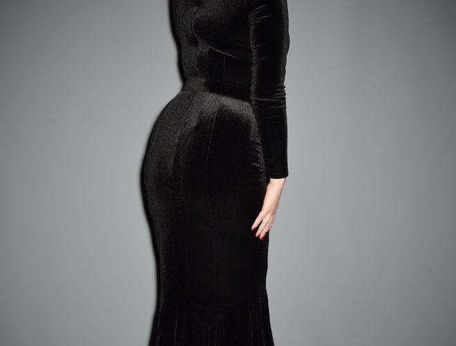La Femme En Noir Velvet Black Marilyn Gown At