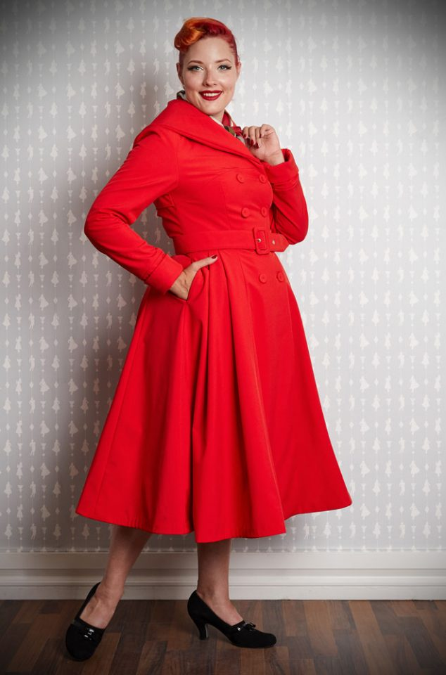 The Myriam-Rose Water Resistant Swing Coat is a stunning 1950's red trench coat. It has been  transformed into an autumn coat with fleece and satin lining. This chic coat is vintage style at it's very best.