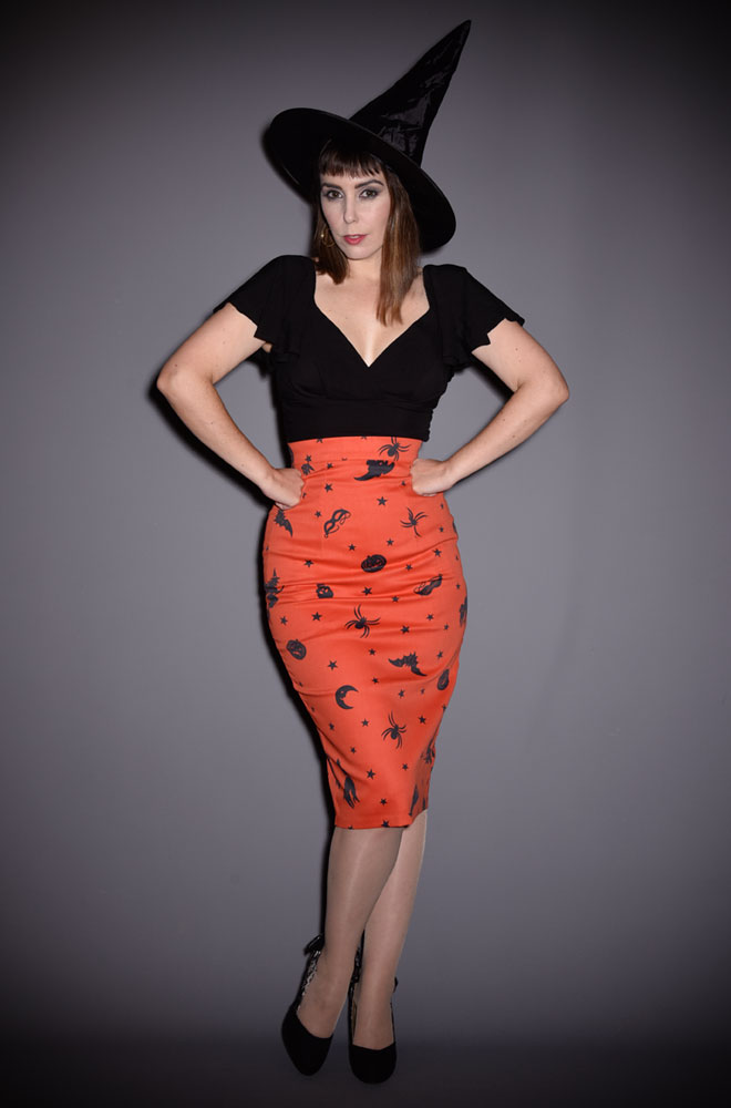 The Ben Cooper Vintage Halloween Vixen Pencil Skirt has arrived at Deadly is the Female, official UK stockists of Vixen by Micheline Pitt. Flaunt killer curves with this bad girl essential! Featuring original novelty print by artist Micheline Pitt, inspired by vintage 1930's Halloween costumes and Ben Cooper box art.