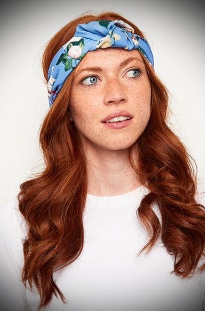 The Blue Floral Turban Style Headband adds vintage style to your everyday look! Featuring a wide cut band with a knot detail in a romantic floral print.