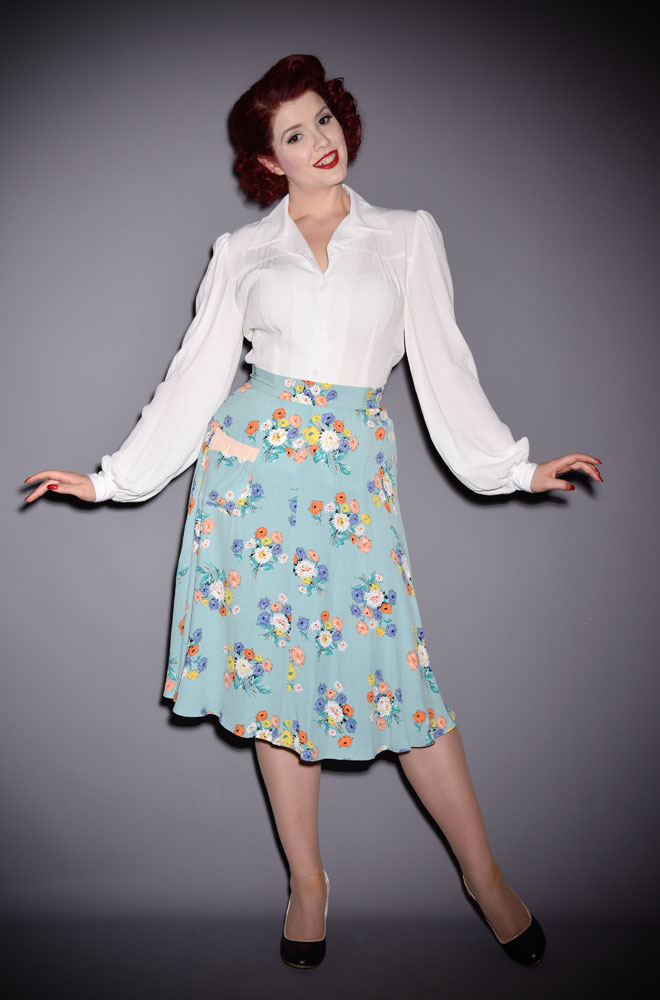We are so excited about the graceful 40s Swing Dance Skirt! It is so versatile and will take you from work to the dance floor with ease!