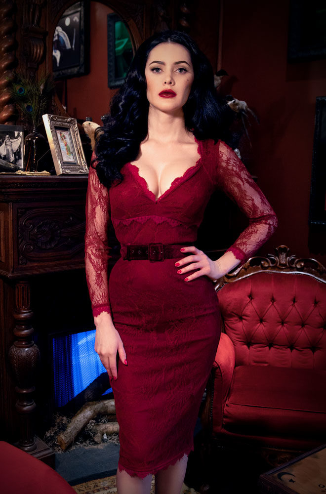 The Crimson La Dentelle Dress is a bombshell of a dress in beautiful lace. Deadly is the Female are official UK & European stockists of La Femme En Noir. Specialising in dark & elegant designs for the glamorously gothic. With a cult following & new collections each season, you'll soon see what all the fuss is about!