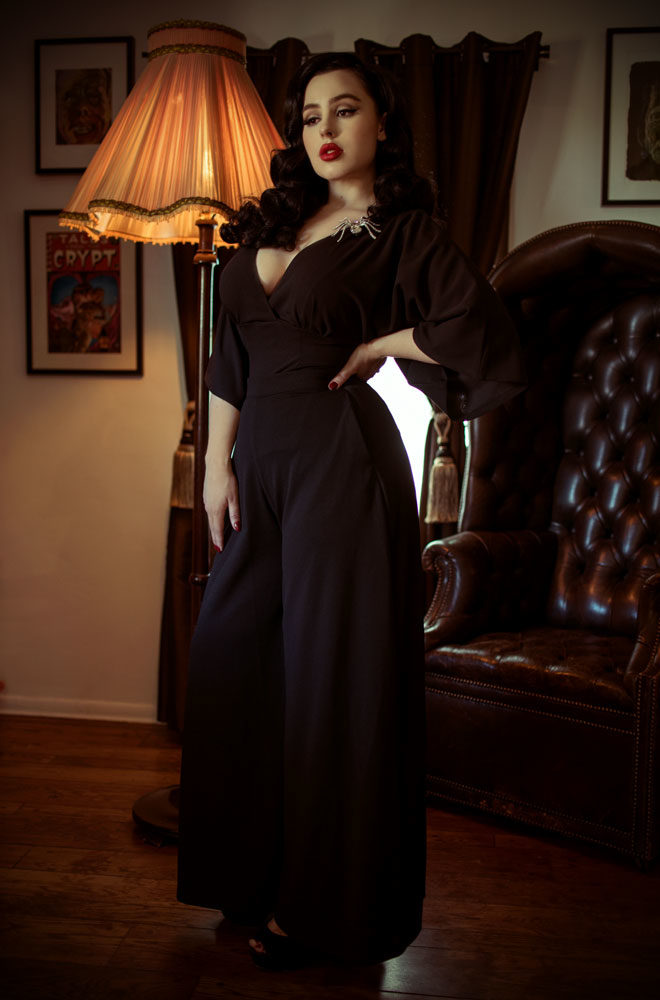 The Black Widow Palazzo Pants are elegant wide leg trousers. Deadly is the Female are official UK & European stockists of La Femme En Noir. Specialising in dark & elegant designs for the glamorously gothic. With a cult following & new collections each season, you'll soon see what all the fuss is about!