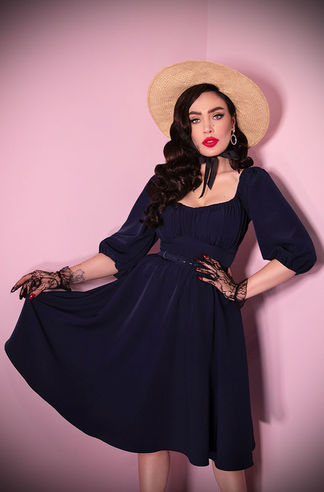 The Navy Vacation Dress is a chic 60s inspired, wrinkle resistant dress. Deadly is the Female are European stockists of Vixen by Micheline Pitt.