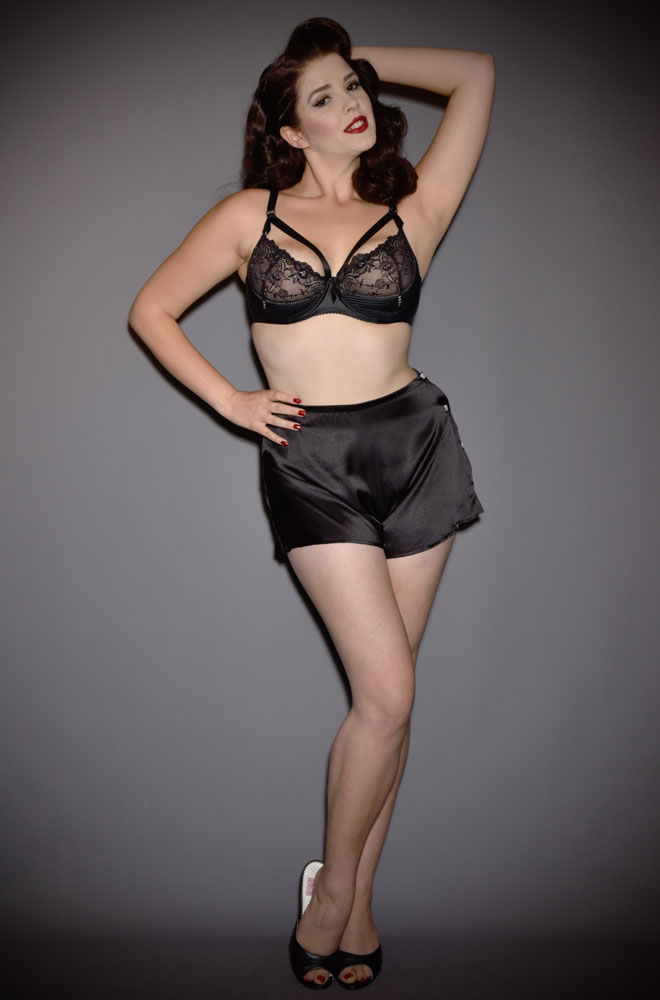 French Knickers - inspired by the 40s, from the flowing, soft satin, to the fit and the fastening. Based on a 1940s CC09 pattern.