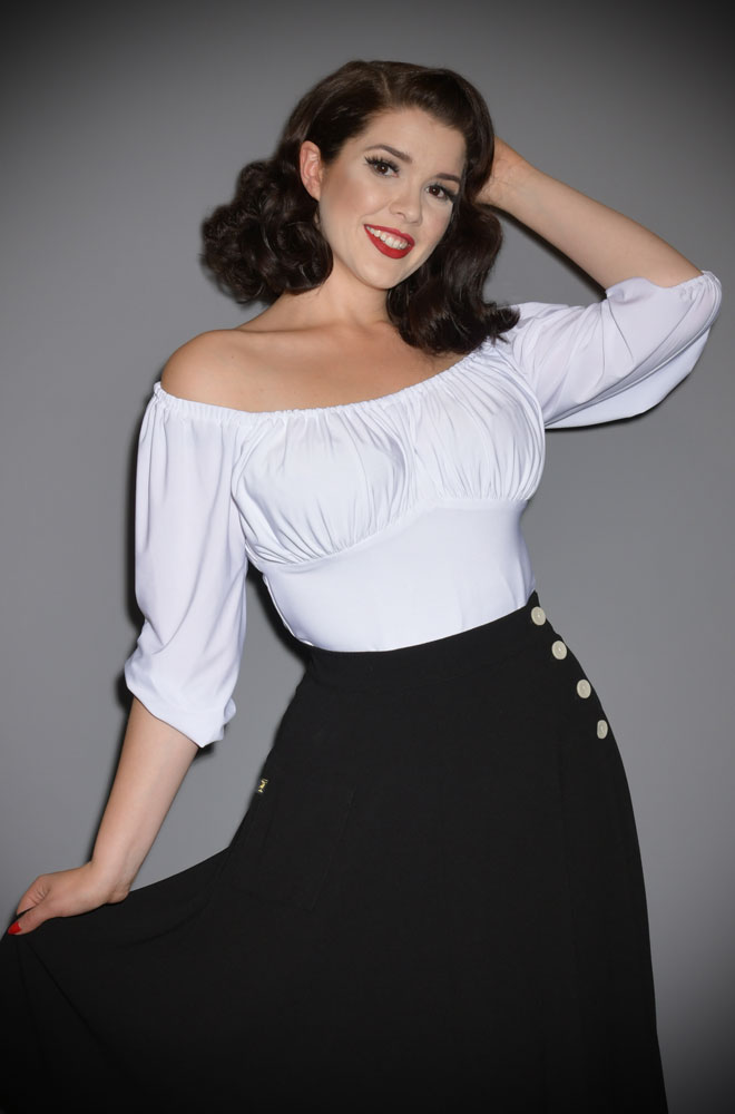 The White Vacation Top is a chic 60s inspired peasant top. Deadly is the Female are European stockists of Vixen by Micheline Pitt.
