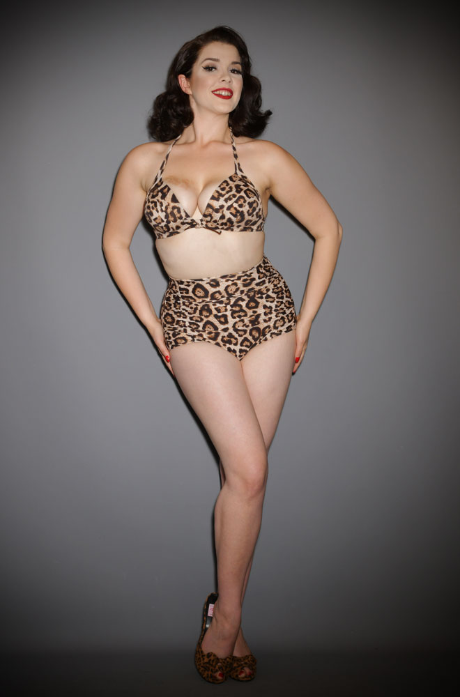 The Leopard Monroe Bikini Bottoms are sultry and bewitching retro swimwear. Turn heads in this knockout vintage-inspired bikini!