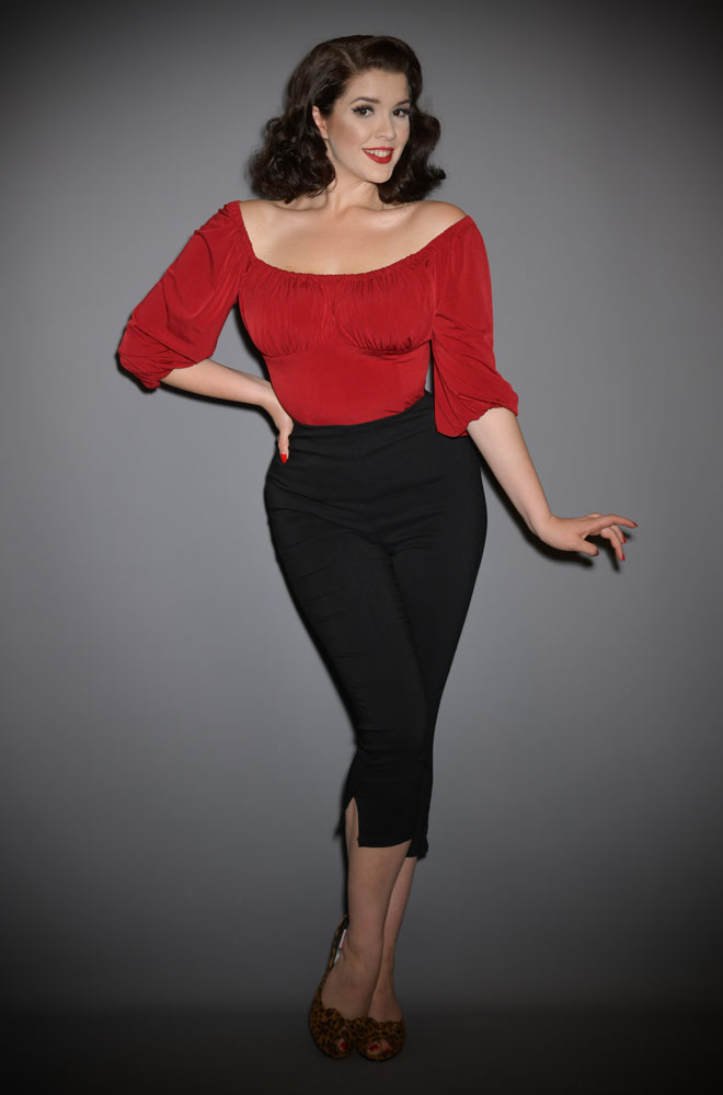 The Black Rachelle Capris are effortlessly cool! These cropped trousers are ideal to dress up or down! UK stockists of Unique Vintage.